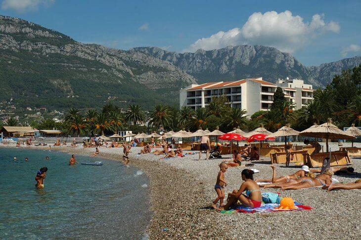 Пляж города Бар Черногория