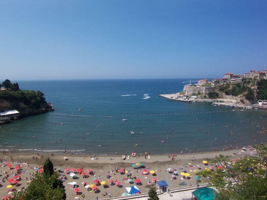 Пляж город Улцинь Черногория