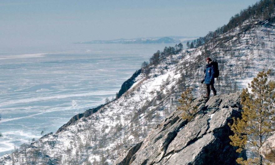 Смотреть бесплатно постеры и кадры к фильму В лесах Сибири онлайн