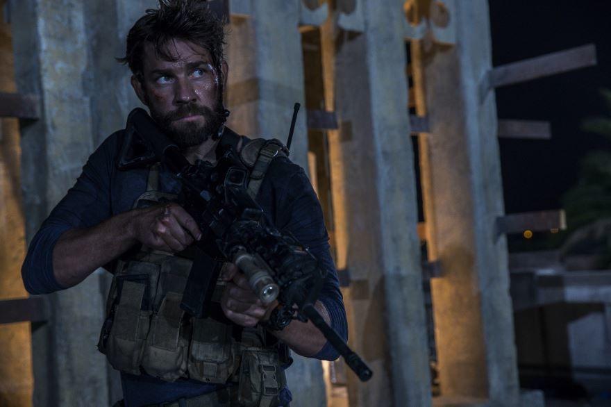 Бесплатные кадры к фильму 13 часов: Тайные солдаты Бенгази в качестве 1080 hd