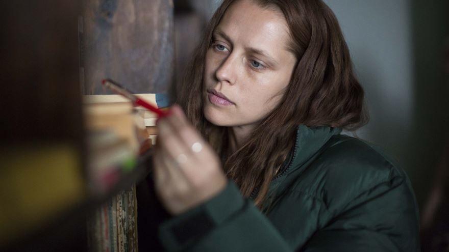 Смотреть бесплатно постеры и кадры к фильму Берлинский синдром онлайн