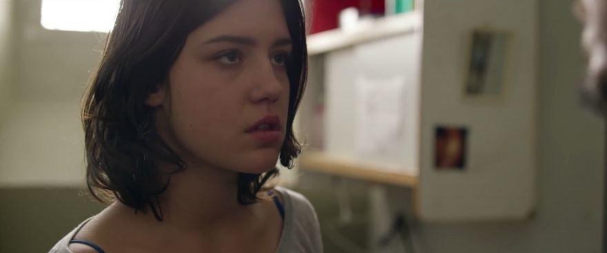 Смотреть бесплатно постеры и кадры к фильму Роковое влечение онлайн