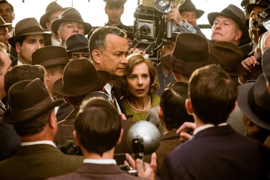 Смотреть бесплатно постеры и кадры к фильму Шпионский мост онлайн