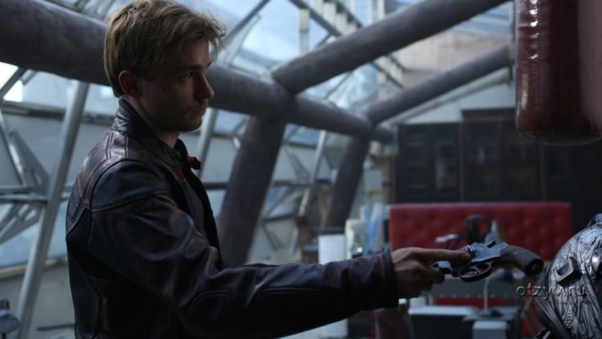 Бесплатные кадры к фильму Неуловимые: Последний герой в качестве 1080 hd