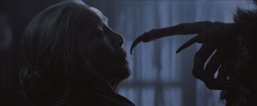 Смотреть бесплатно постеры и кадры к фильму Крампус онлайн
