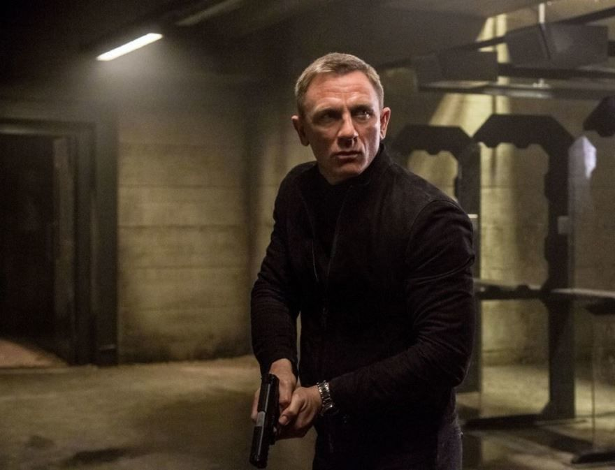 Скачать бесплатно постеры к фильму 007: СПЕКТР в качестве 720 и 1080 hd
