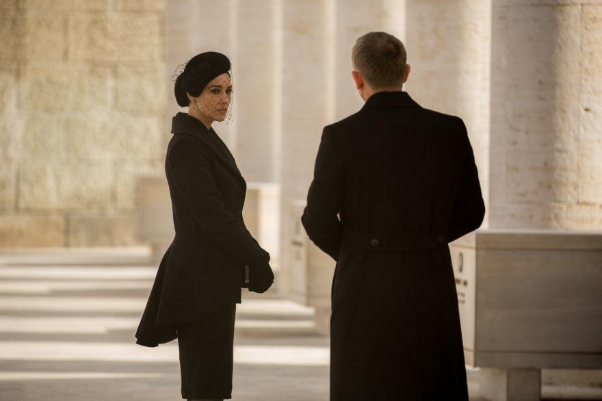 Смотреть бесплатно постеры и кадры к фильму 007: СПЕКТР онлайн