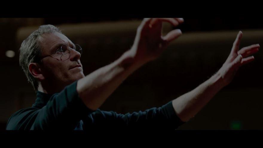 Смотреть бесплатно постеры и кадры к фильму Стив Джобс онлайн