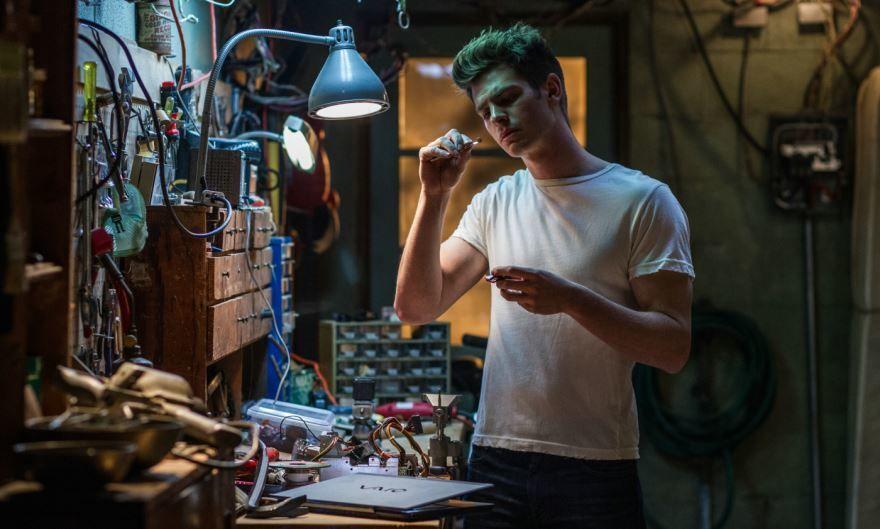 Смотреть онлайн кадры и постеры к фильму Новый Человек-паук. Высокое напряжение бесплатно