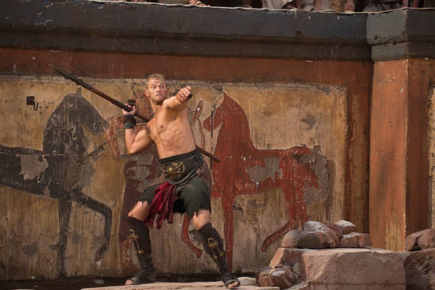 Смотреть онлайн кадры и постеры к фильму Геракл: Начало легенды бесплатно