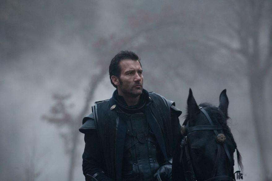 Смотреть онлайн кадры и постеры к фильму Последние рыцари бесплатно