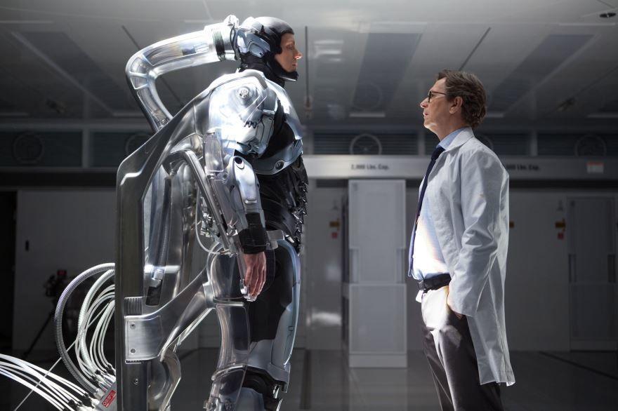 Смотреть онлайн кадры и постеры к фильму РобоКоп бесплатно