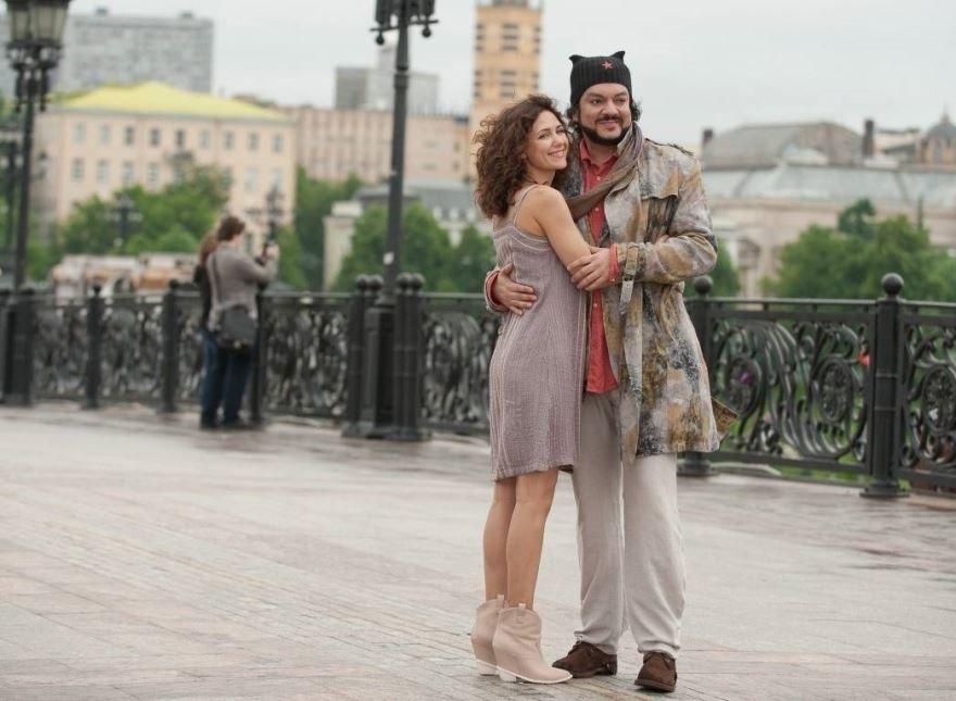 Смотреть онлайн кадры и постеры к фильму Любовь в большом городе 3 бесплатно