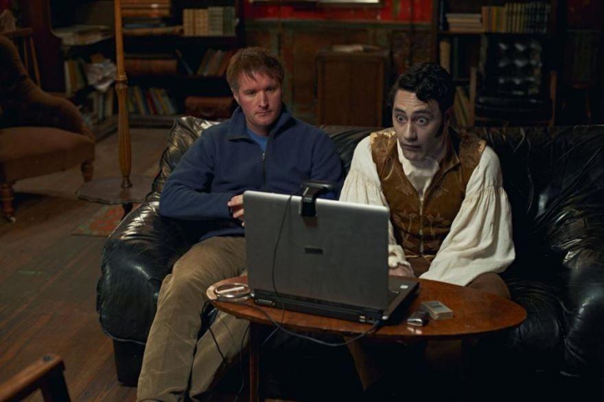Смотреть онлайн кадры и постеры к фильму Реальные упыри бесплатно