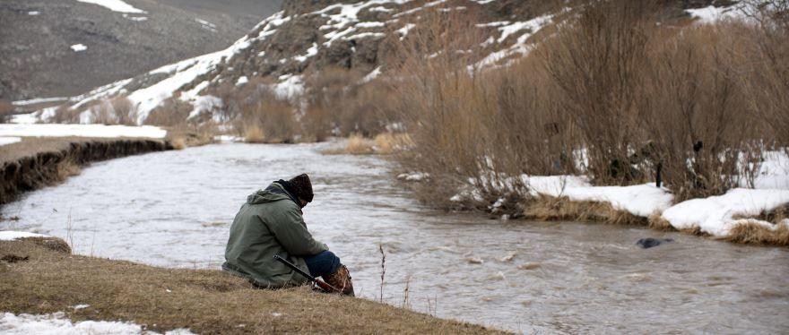 Смотреть онлайн кадры и постеры к фильму Зимняя спячка бесплатно