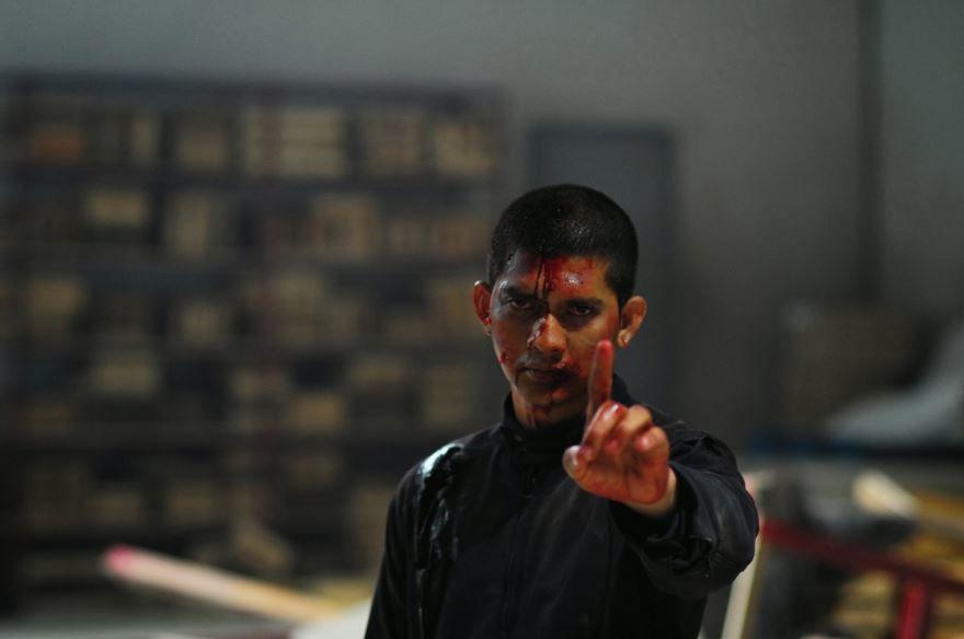Смотреть онлайн кадры и постеры к фильму Рейд 2 бесплатно