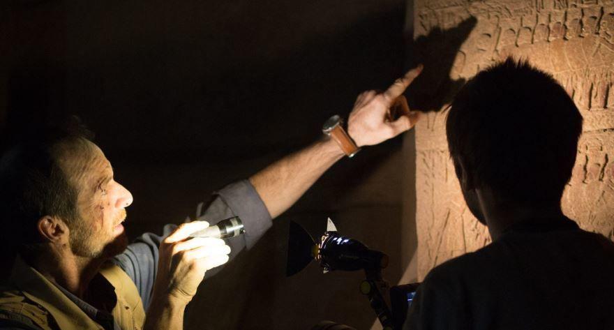 Смотреть онлайн кадры и постеры к фильму Пирамида бесплатно