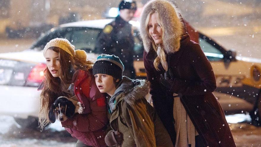 Смотреть онлайн кадры и постеры к фильму В канун Рождества бесплатно