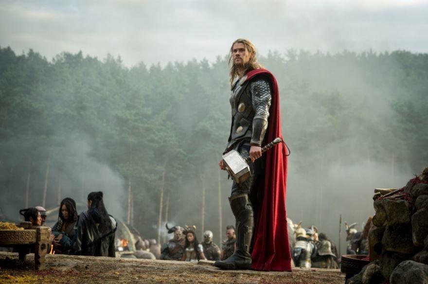 Кадры к фильму Тор 2: Царство тьмы в качестве 1080 и 720 hd 2013 года бесплатно