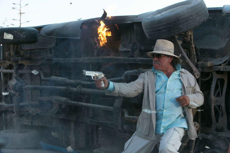 Смотреть онлайн кадры и постеры к фильму 2013 года Два ствола бесплатно