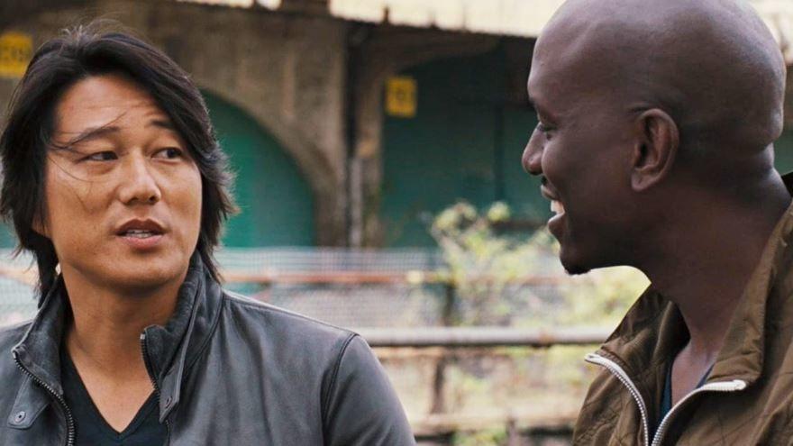 Смотреть онлайн кадры и постеры к фильму 2013 года Форсаж 6 бесплатно
