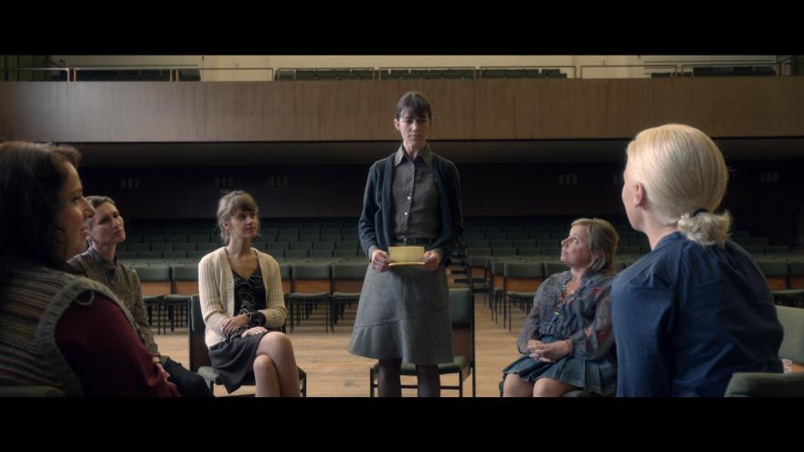 Смотреть онлайн кадры и постеры к фильму Нимфоманка: Часть 2 бесплатно