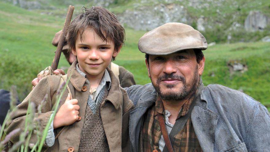 Красивые картинки и фото к фильму Белль и Себастьян 2013 в hd качестве онлайн