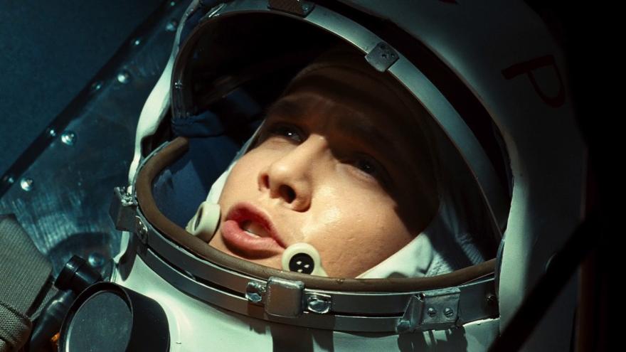 Скачать бесплатно постеры к фильму Гагарин. Первый в космосе в качестве 720 и 1080 hd