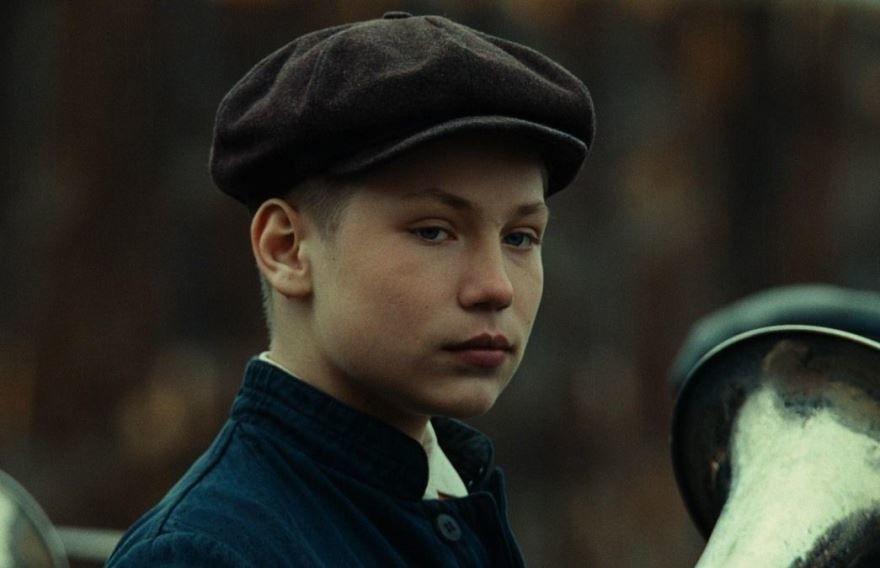 Смотреть онлайн кадры и постеры к фильму Гагарин. Первый в космосе бесплатно