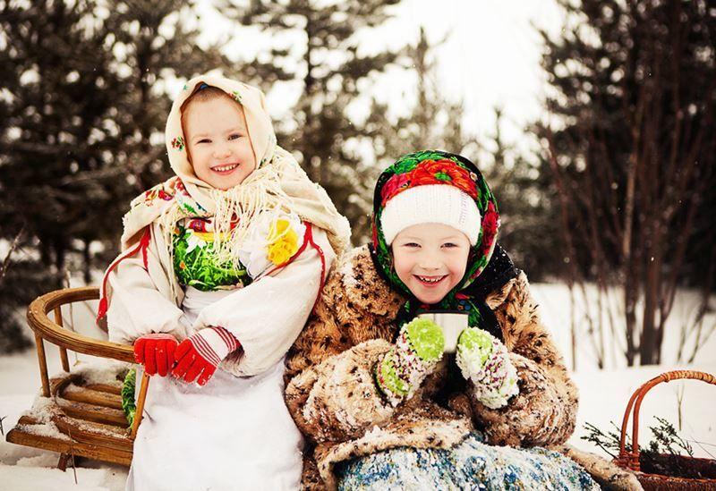 Гулянье Масленицы на улице для детей