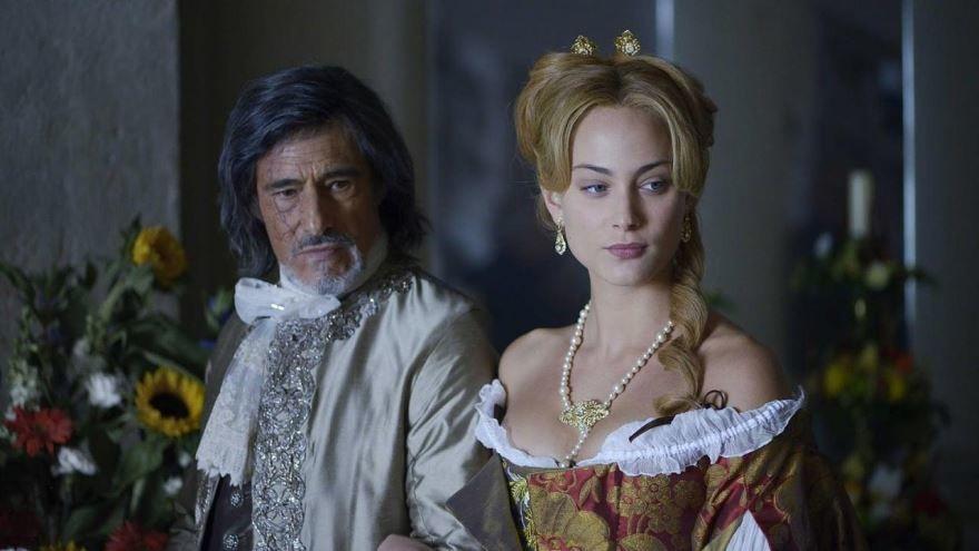 Смотреть онлайн кадры и постеры к фильму Анжелика, маркиза ангелов бесплатно