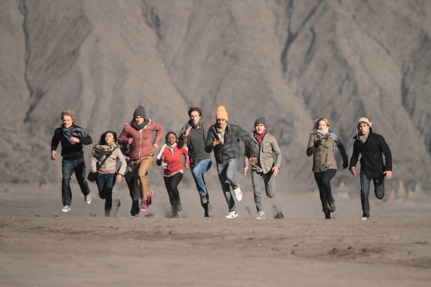 Красивые картинки и фото к фильму Философы: Урок выживания 2013 в hd качестве онлайн