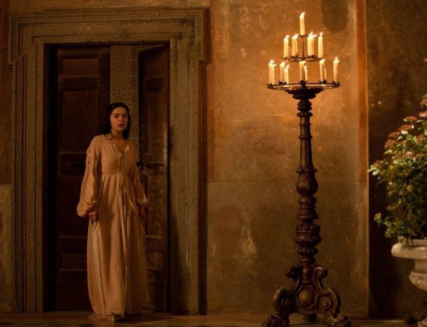 Красивые картинки и фото к фильму Ромео и Джульетта 2013 в hd качестве онлайн