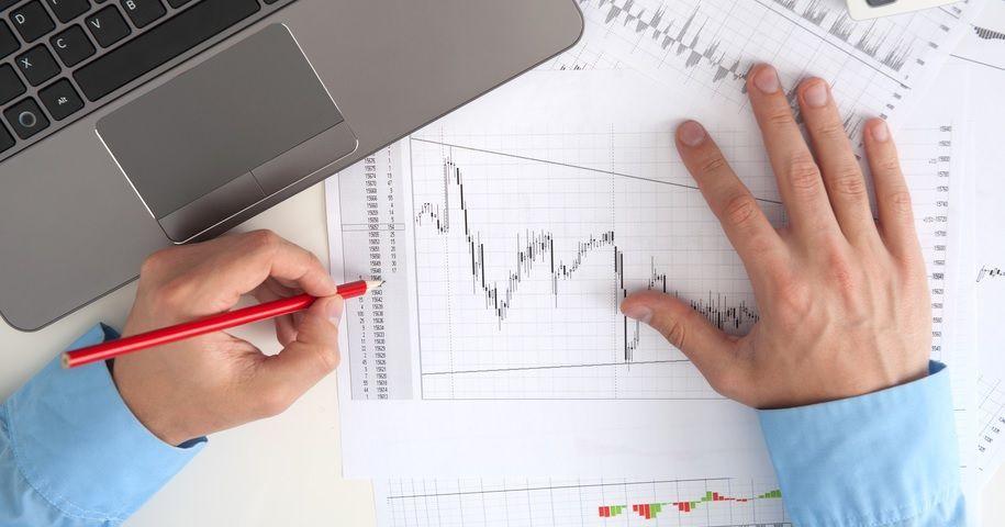 торговля акциями инвестиции управлять финансами планирование получение прибыли фондовый рынок