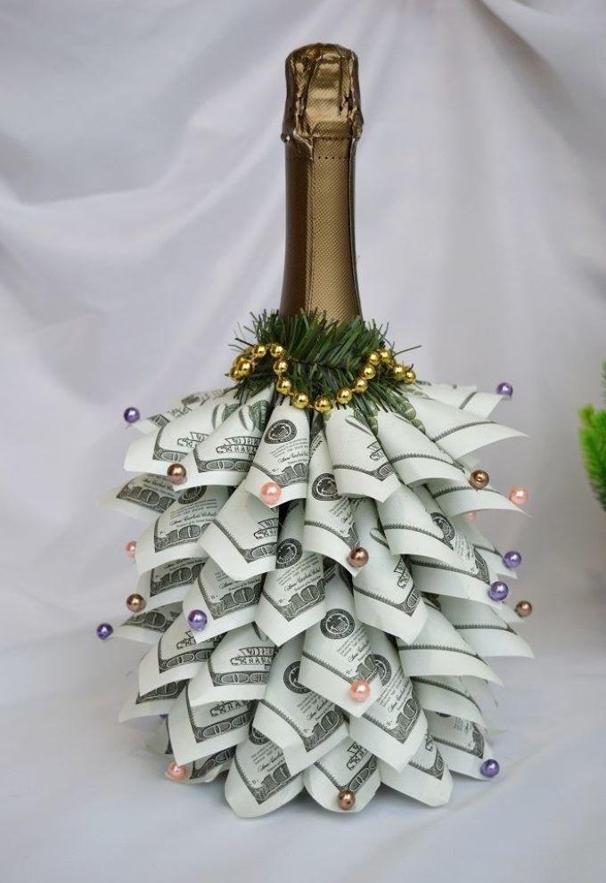 объясняется как оригинально оформить деньги на свадьбу фото находятся безопасном друг