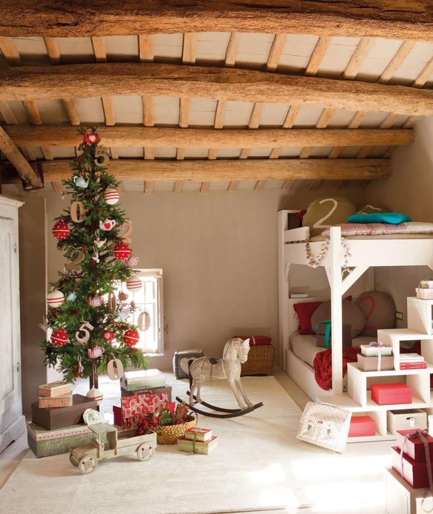 украшаем комнату к новому году фото одна самых спокойных