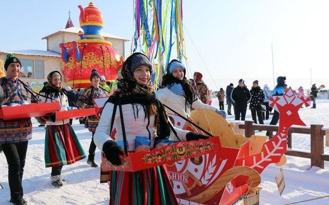 Зимние национальные праздники русских - Масленица
