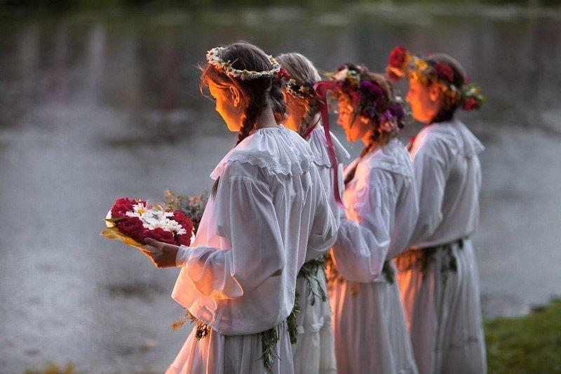 Древнеславянский языческий праздник в день летнего солнцестояния