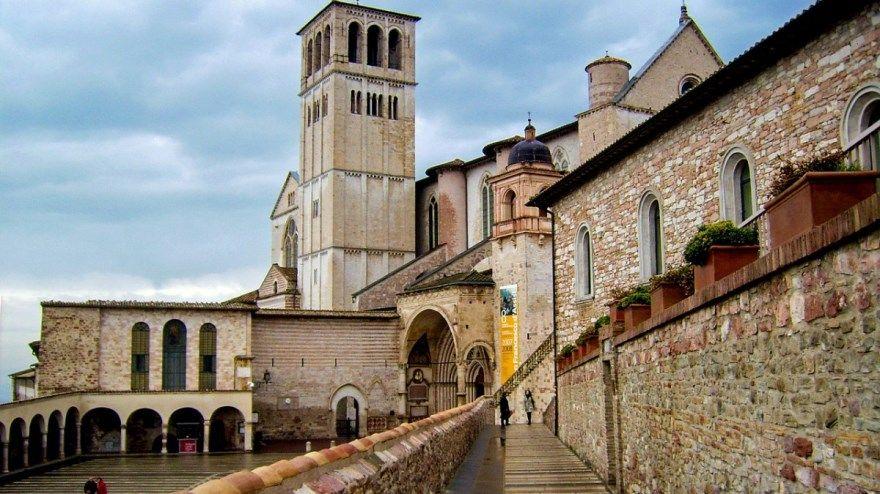 Болонья 2019 Италия город фото скачать бесплатно онлайн