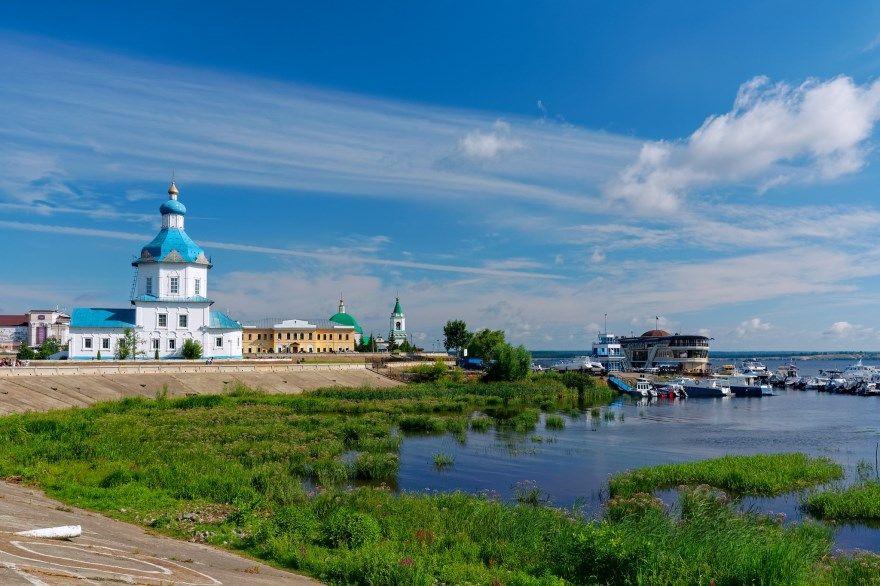 Смотреть фото города Чебоксары 2020. Скачать бесплатно лучшие фото города Чебоксары онлайн с нашего сайта.
