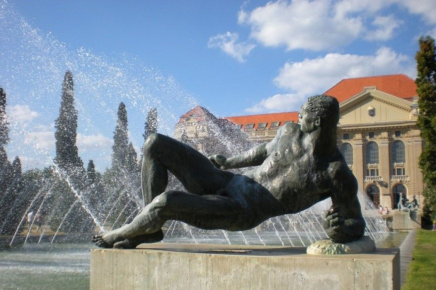 Дебрецен Венгрия 2019 город фото скачать бесплатно онлайн в хорошем качеств