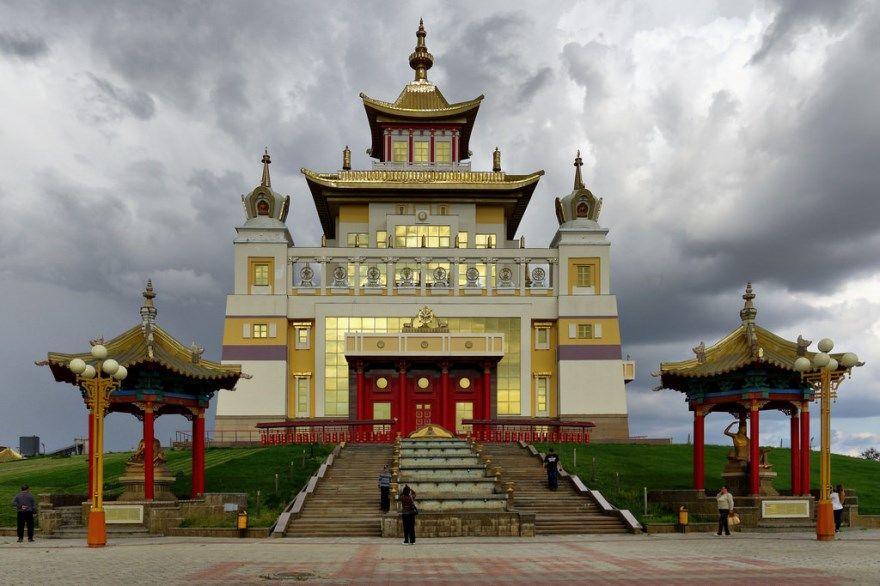Элиста 2019 город Калмыкия фото скачать бесплатно  онлайн в хорошем качестве