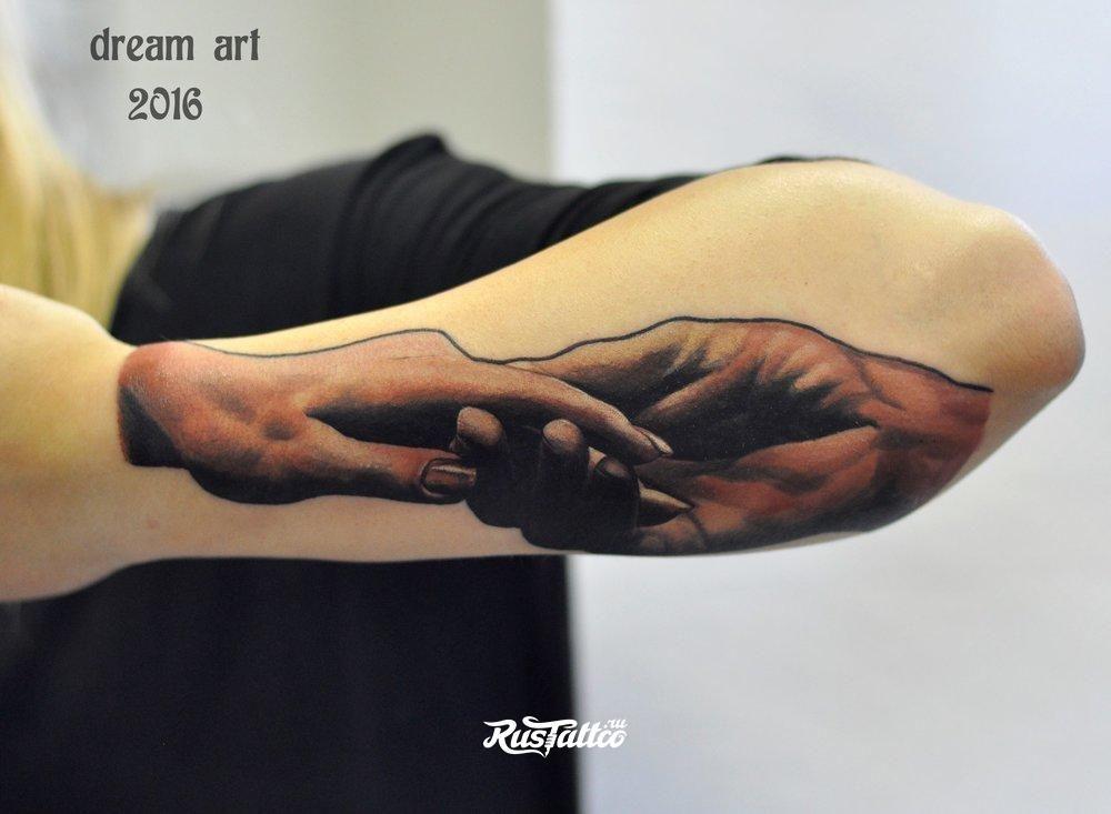 Эскиз на руку тату мужчины девушки фото надписи с переводом черные до локтя легкие маленькие лес волк розы
