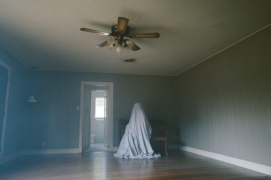 История призрака смотреть скачать бесплатно онлайн торрент 1080 hd