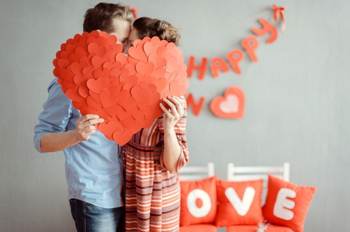 Фотографии влюбленных на праздник День Святого Валентина 14 февраля. Красивые снимки и идеи для фото сессий. У нас Вы найдете идеи для снимков.