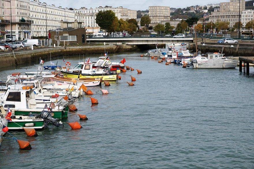 Смотреть фото города Гавр 2020. Скачать бесплатно лучшие фото города Гавр Франция онлайн с нашего сайта.