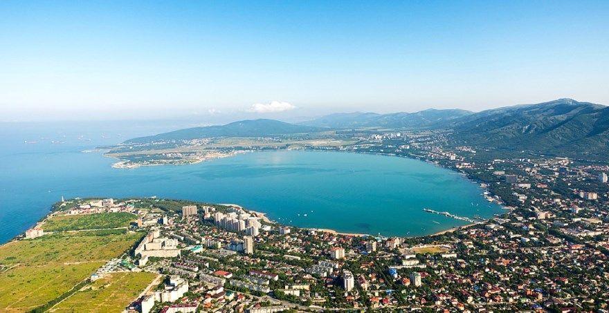 Геленджик 2019 город фото море бухта скачать бесплатно  онлайн в хорошем качестве