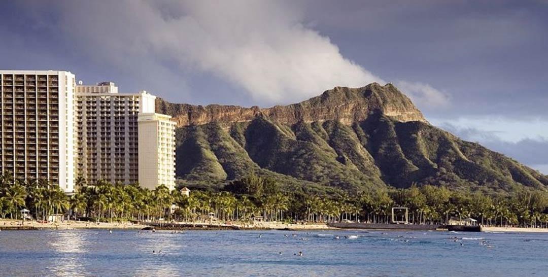 Смотреть фото города Гонолулу 2020. Скачать бесплатно лучшие фото города Гонолулу Гавайские острова онлайн с нашего сайта.