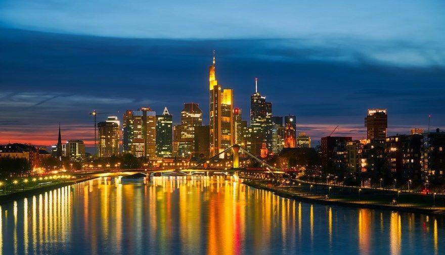 Франкфурт 2019 город фото Германия скачать бесплатно  онлайн в хорошем качестве