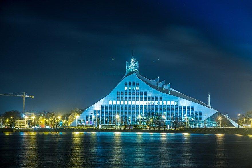 Рига 2019 город фото Латвия скачать бесплатно  онлайн в хорошем качестве